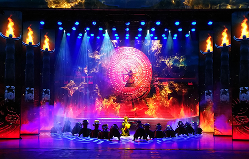 Minghe LED display shows you a situational experience drama of Miao song and dance - Jinxiu Danzhai