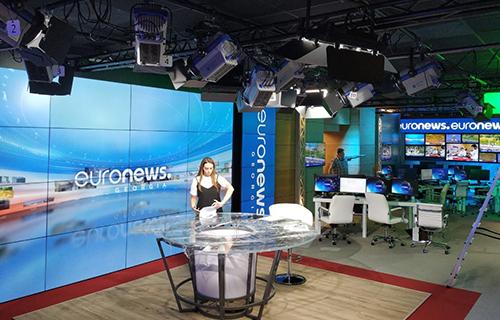 EuronewsTVチャンネルで選択されたMHGLEDライト