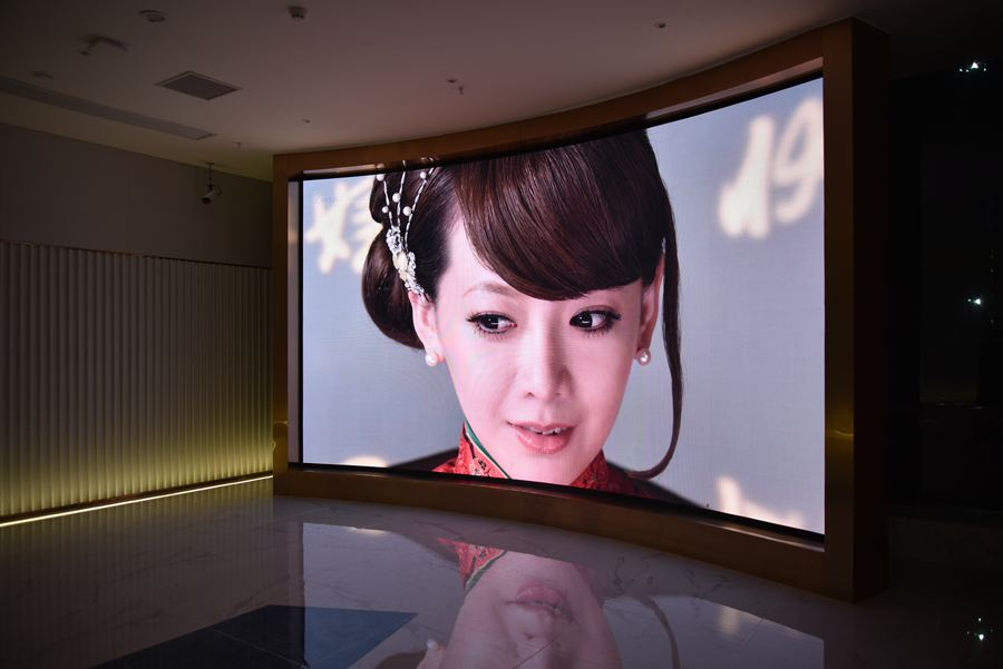 MHG Indoor small-pitch LED display in Changsha Jiaxin Times Square3
